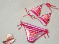 Costumi: la nuova tendenza dell'estate