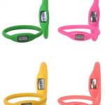 Disponibili in tanti colori, sono gli orologi in gomma Ion